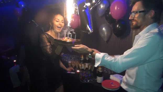 Pelicula porno de locales liberales swinger Swingersclub Celebrating Special Occasions At A Swinger S Club